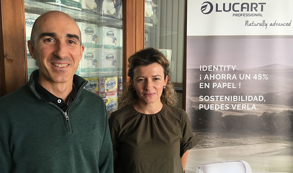 Above: Onsite with plant director Luciano Lopez and Begoña Aretxabala, quality and environment manager