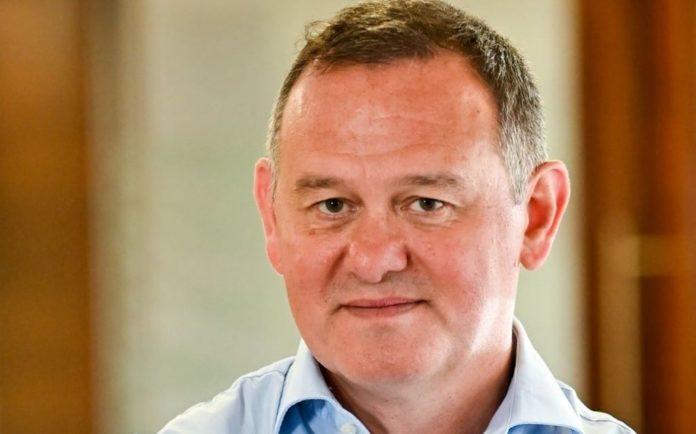 Gareth Jenkins,