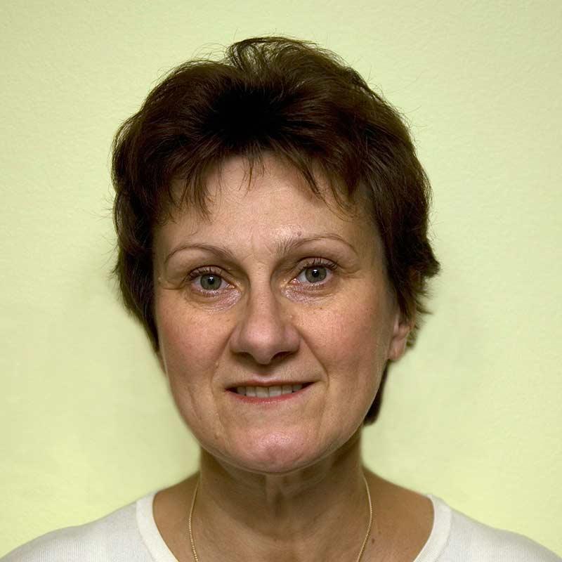 Lucyna Pawlowska Senior Applications Specialist, Strength & Tissue